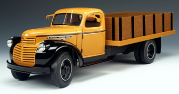 1946 GMC Grain Truck - Inca Gold (Highway 61) 1/16